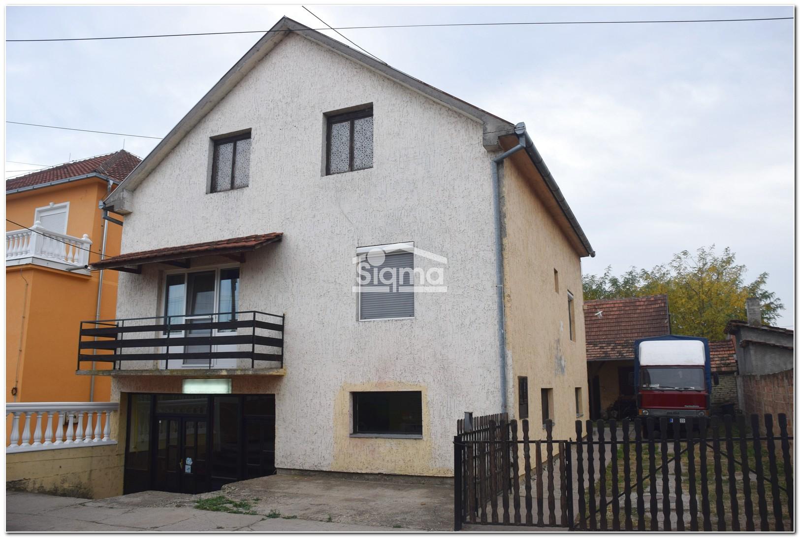 Kuća Sa Poslovnim Prostorom ZRENJANIN Klajnova Bara