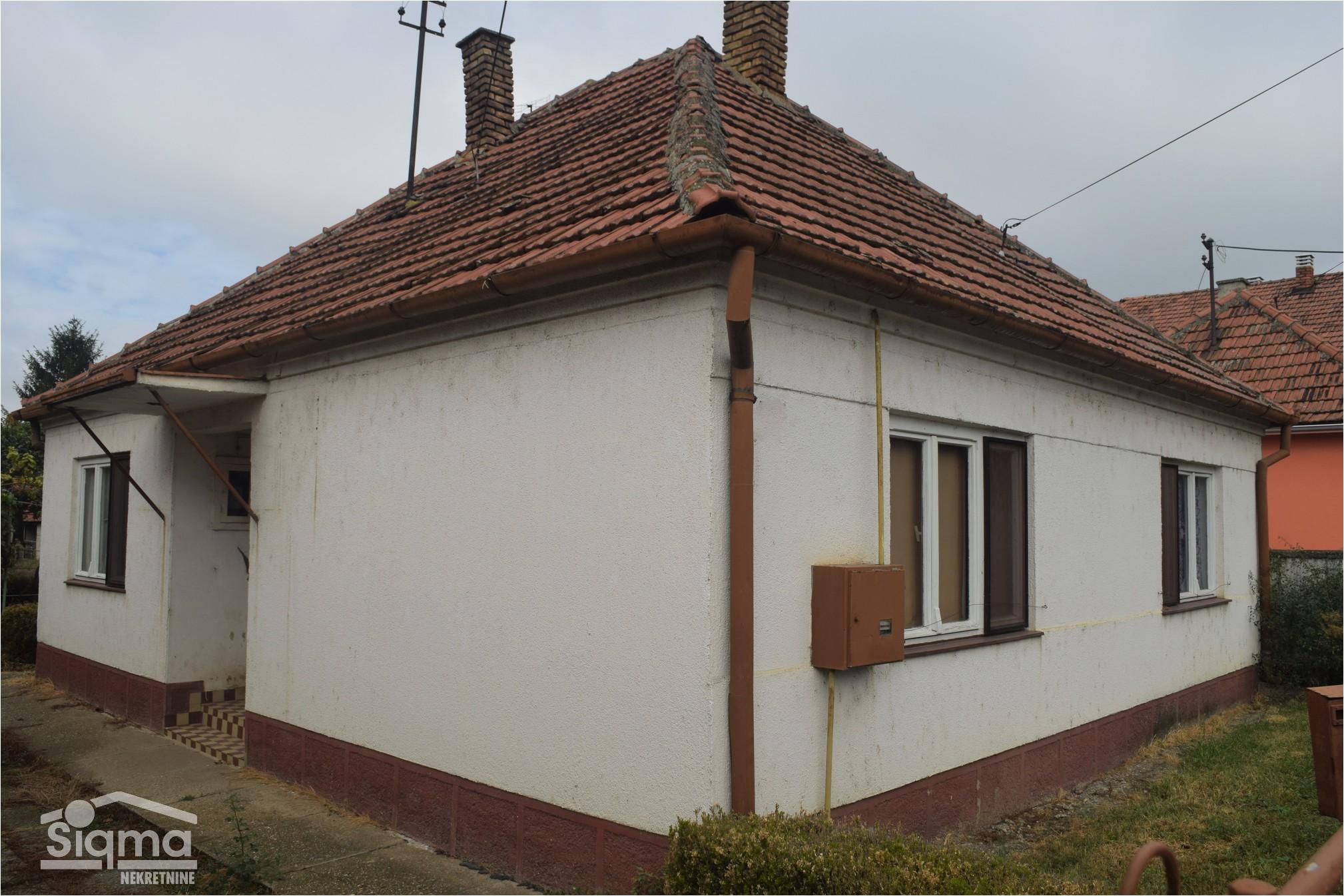 Troiposobna Kuća I Garaža Bagljaš
