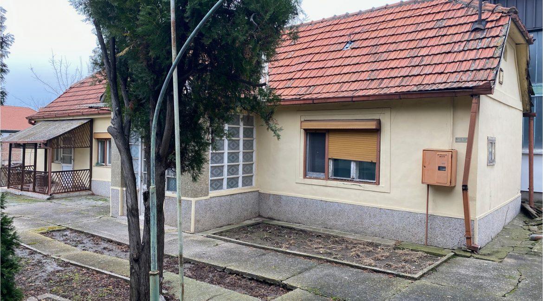 dvosobna kuca u dvoristu karađorđev trg prodaja sigma nekretnine zrenjanin 1
