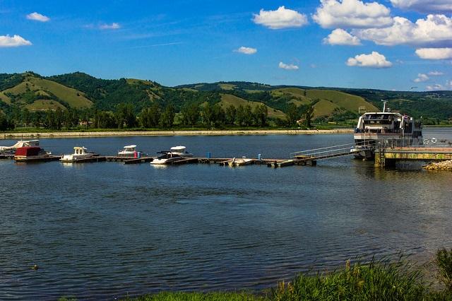 jezero i turizam srebrno jezero sigma nekretnine zrenjanin