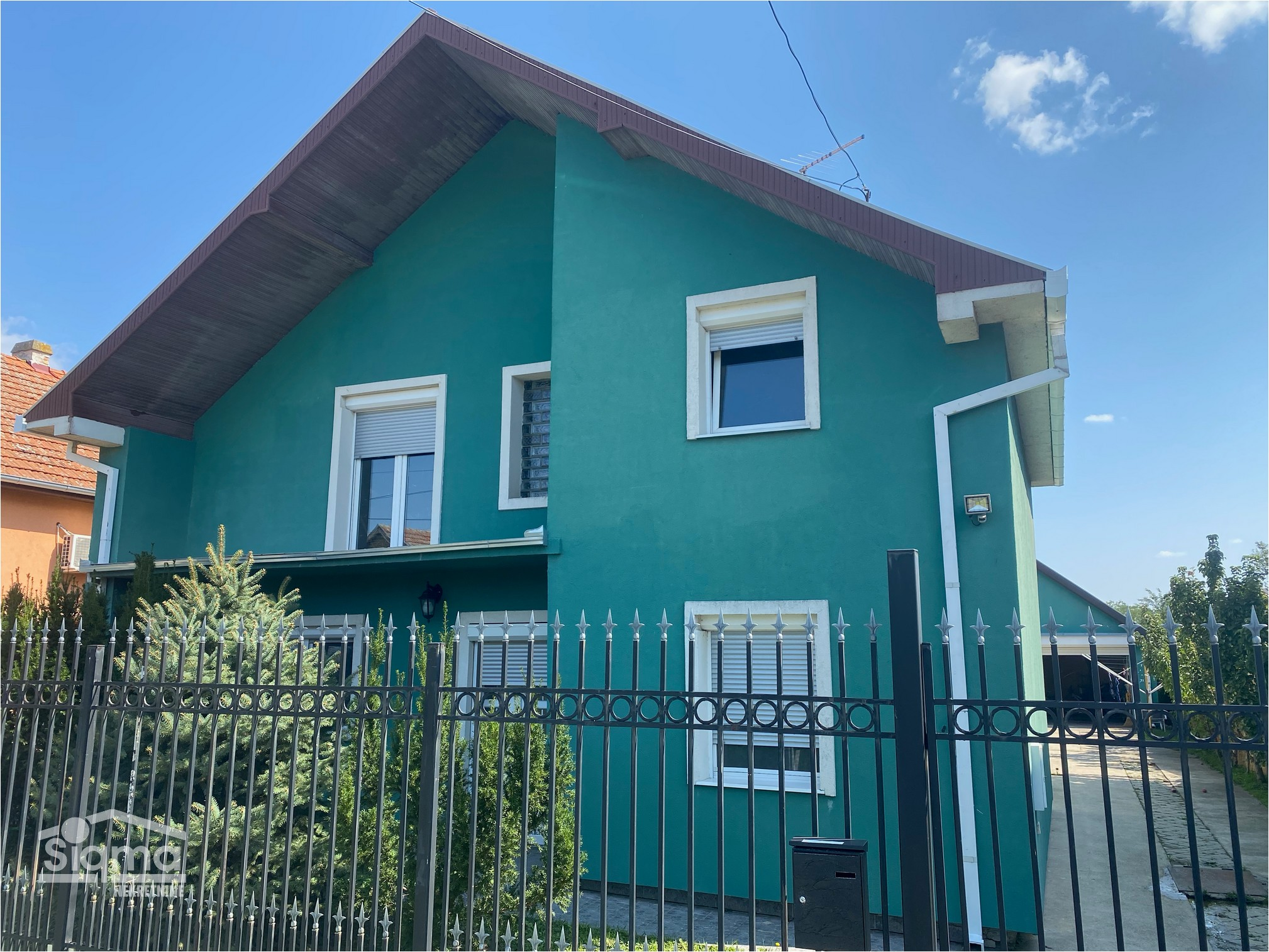 Kuća Na Prodaju Ečka